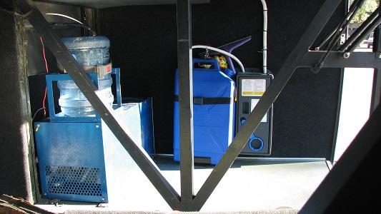 آبسردکن داخل جعبه اتوبوس طرح F.K504